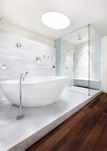 Alter studio modern-bathroom