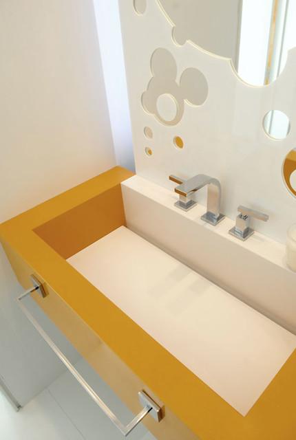 Altos House modern-bathroom