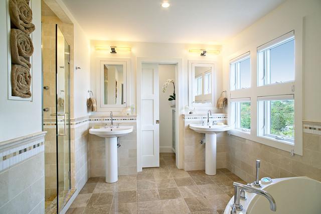 Amagansett Beach Retreat beach-style-bathroom