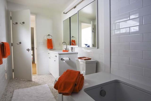 Amanda, Bridgehampton, NY eclectic-bathroom