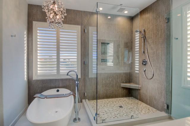 Amazing modern master bath contemporary bathroom san for Amazing master bathrooms