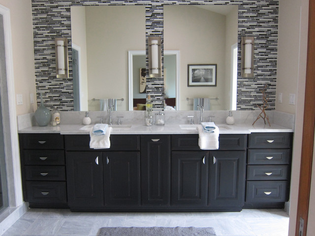 american street staging modern bathroom