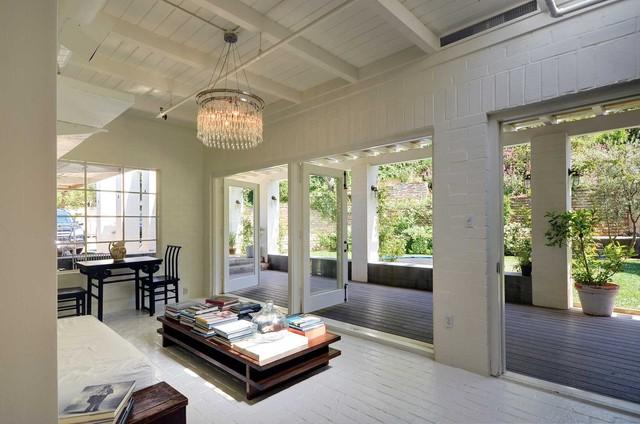 Amy Neunsinger & Shawn Gold House modern-bathroom
