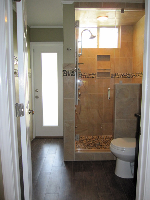 Comwood Tile Bathroom Flooring : Are there grout lines used in the wood tile flooring?