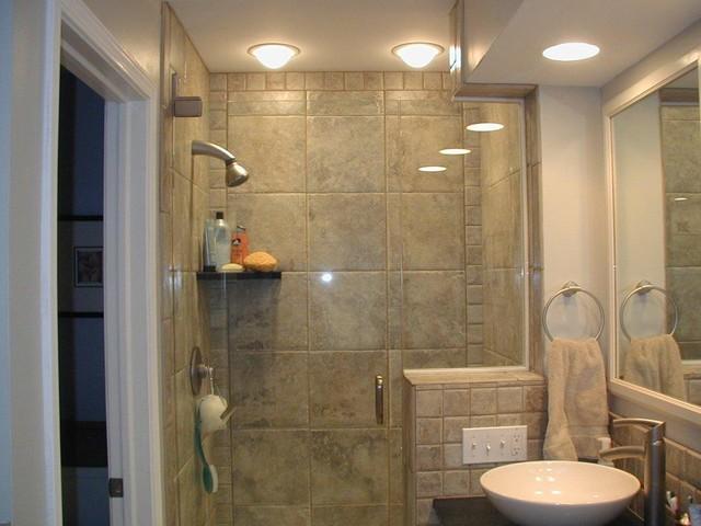Angie Keyes CKD - DesignWorks- Kitchen & Bath contemporary-bathroom