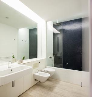 Apartment in via genova scandinavo stanza da bagno firenze di francesco pierazzi architects - Vendita piastrelle genova ...