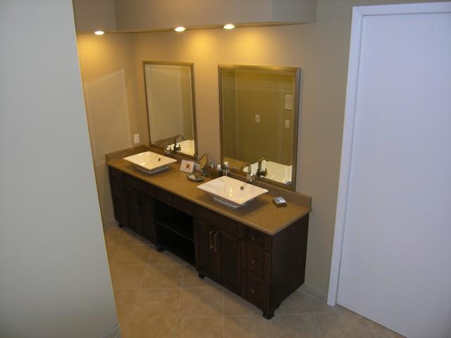 Apfel Master Bathroom traditional-bathroom