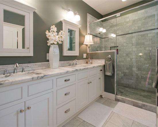 Craftsman style bathroom design ideas pictures remodel for Craftsman style bathroom design ideas