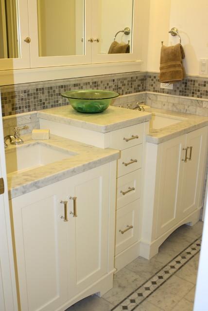 Arlington traditional-bathroom