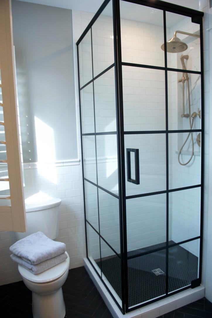 Art-Deco Home - Bathroom Remodel