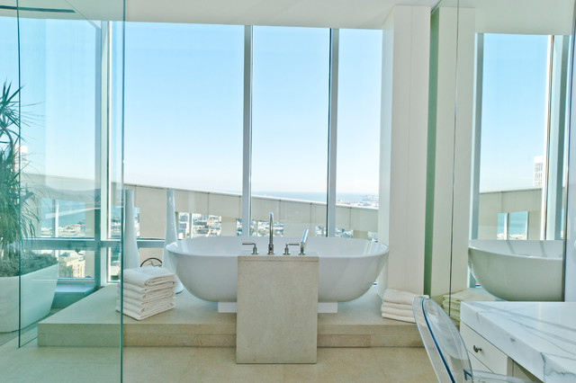 Arthur McLaughlin & Associates contemporary-bathroom