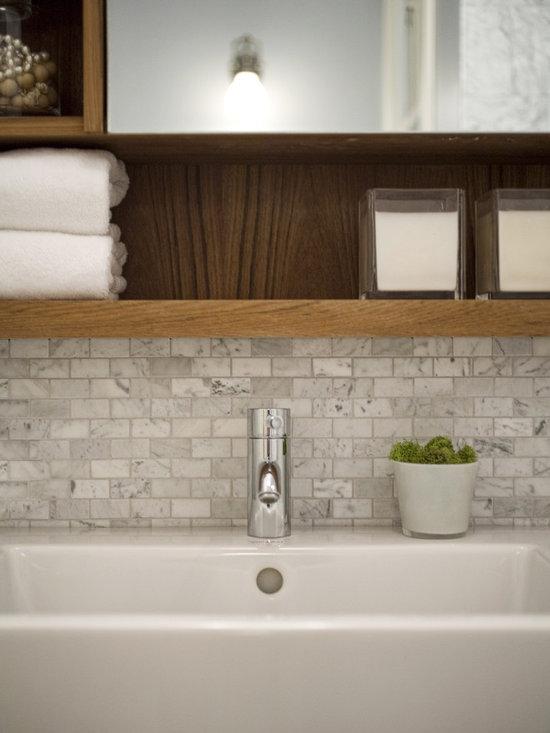 Bathroom sink with backsplash for Backsplash ideas for bathroom sinks