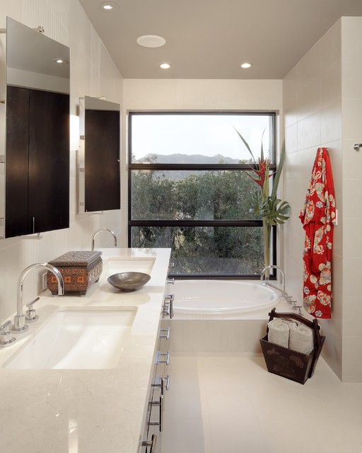 Carson Poetzl, Inc. asian bathroom