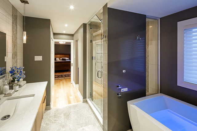Astro 39 s contemporary master bathroom design in ottawa for Bathroom designs ottawa