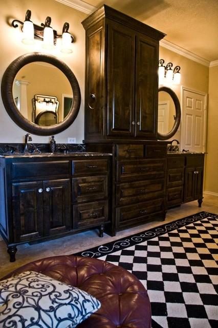 Atchley traditional-bathroom