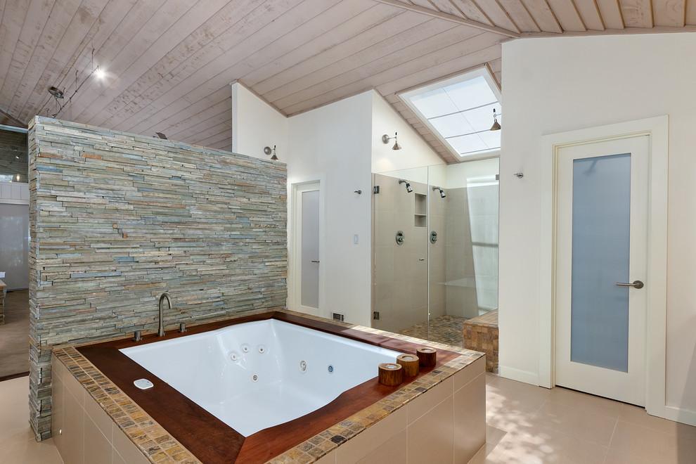 Double shower - contemporary double shower idea in Atlanta