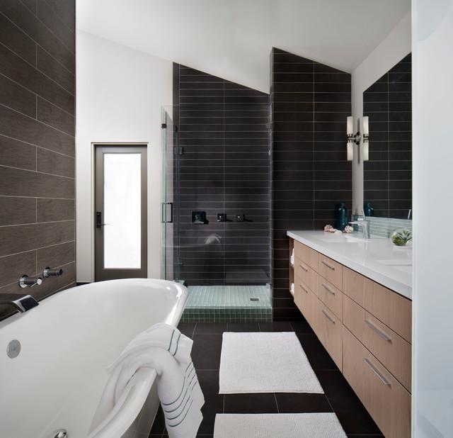 Atomic ranch contemporary bathroom san diego by kw for Modern ranch bathroom