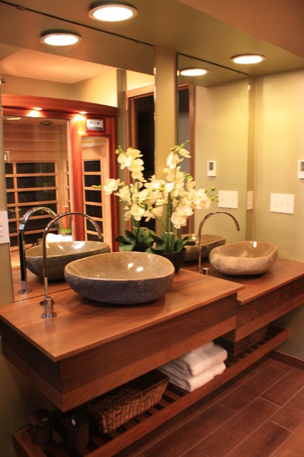 Au naturale small bath big style asian bathroom for Small japanese bathroom design