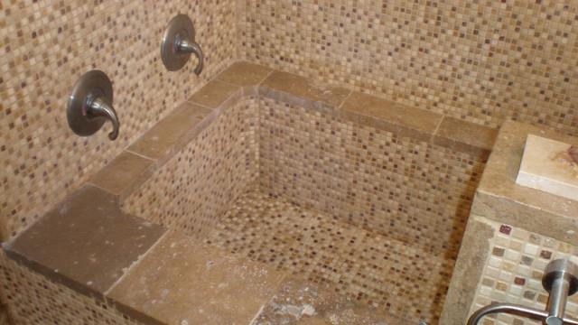 Authentic Durango Stone Mosaic Meshmount Bathtub Modern