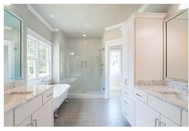 Inspiration for a craftsman bathroom remodel in Atlanta