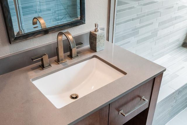 Bachelor master bathroom remodel modern bathroom for Bachelor bathroom ideas