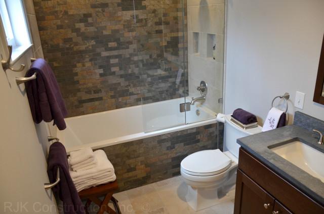 Back to Nature contemporary-bathroom
