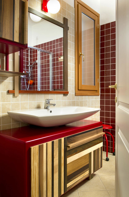 Bagno Rosso (Red Bathroom)