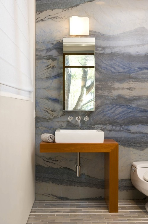 design an easy-clean bathroom