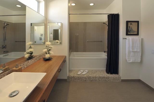 Bamboo dream asian bathroom phoenix by prideaux design for Landscape architects bath