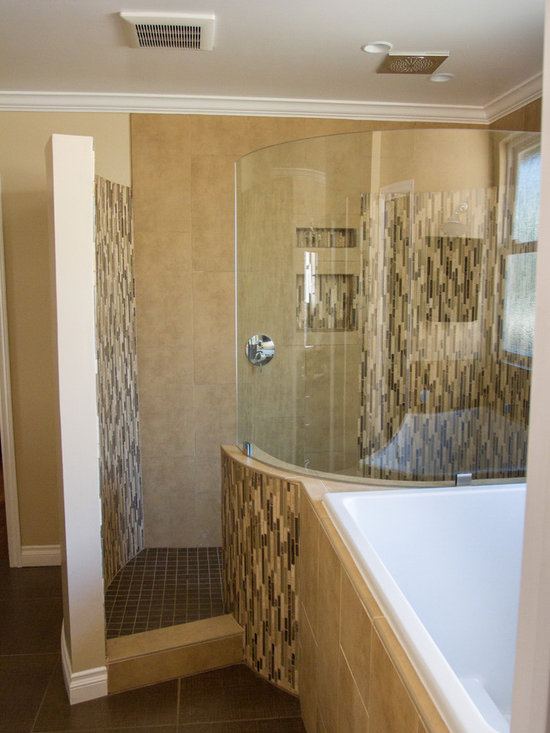 4x4 deep soaking tub home design ideas pictures remodel for 4x4 bathroom ideas
