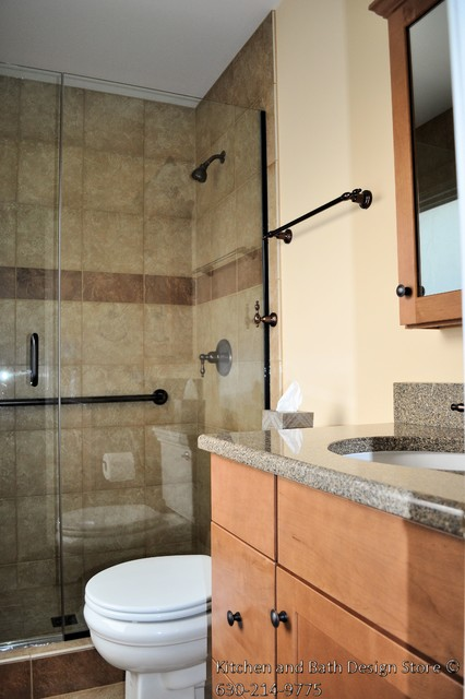 Bartlett master bath traditional bathroom chicago for Bathroom remodeling stores chicago