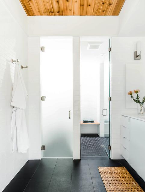 Barton Hills Residence contemporary-bathroom
