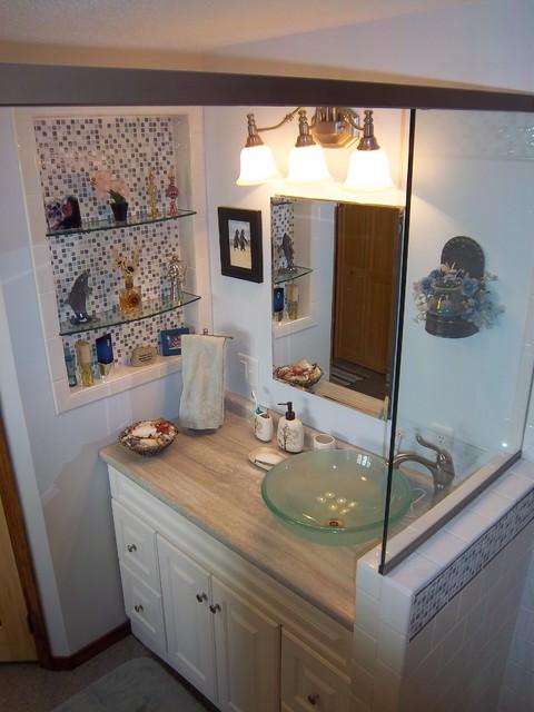 Basco Bathroom - Lepage traditional-bathroom