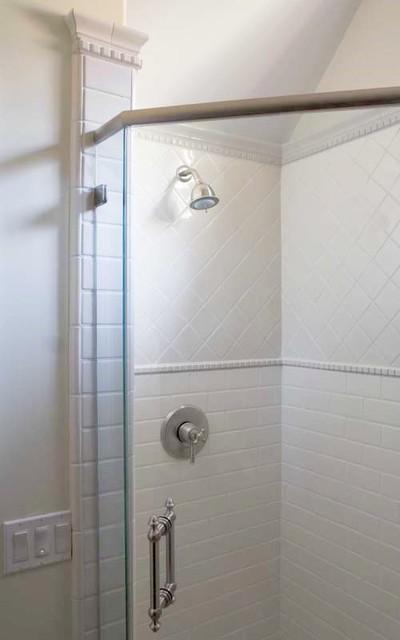 Bath traditional-bathroom