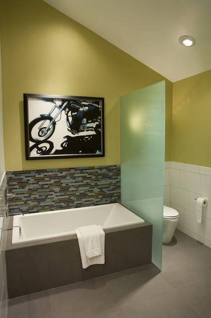 Bath Renovation modern-bathroom