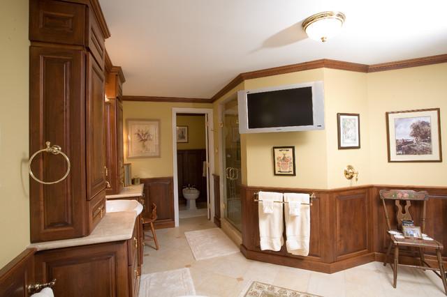 Bath room 1 traditional-bathroom