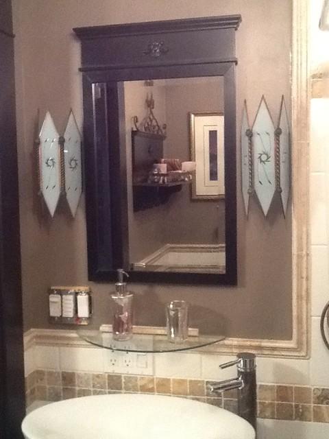 Bathroom 2 traditional-bathroom