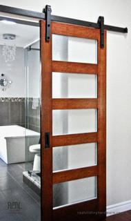 Bathroom barn door hardware traditional bathroom for Real carriage hardware