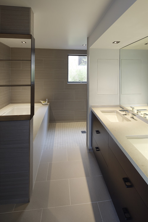 Bathroom - Bastasch Residence