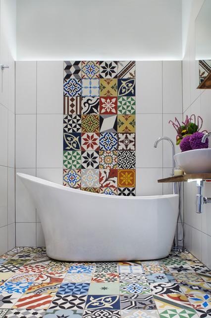 Colorez votre salle de bains grâce à la mosaïque