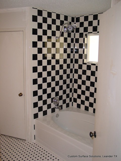 Bathroom checkered black and white eclectic bathroom for Black and white checkered tile bathroom