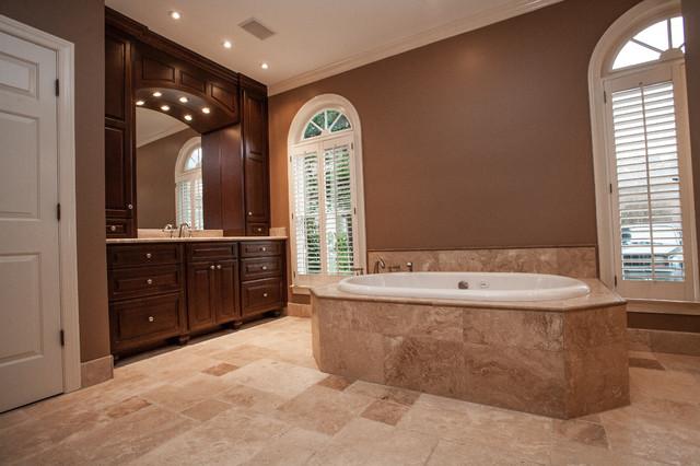 Bathroom Country Club of South traditional-bathroom
