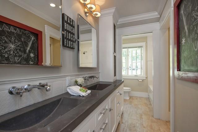 Beautiful Bathroom Design Inspiration   Lafayette CA Homes Staged To Sell  トラディショナル バスルーム