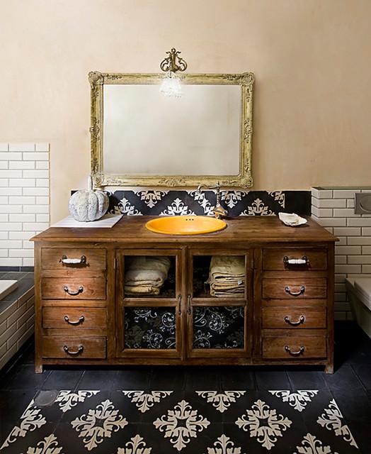 bathroom rustic-bathroom
