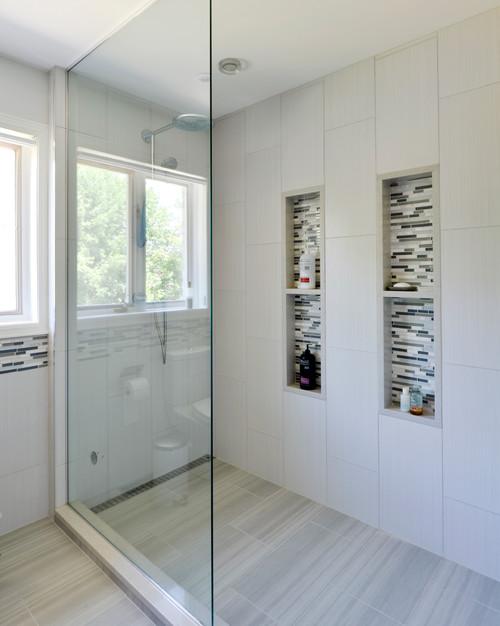 Is This An Open Shower With No Door