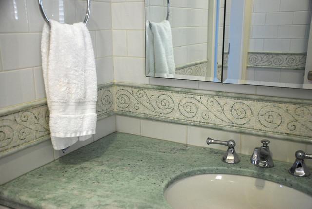 Bathroom Ideas transitional-bathroom