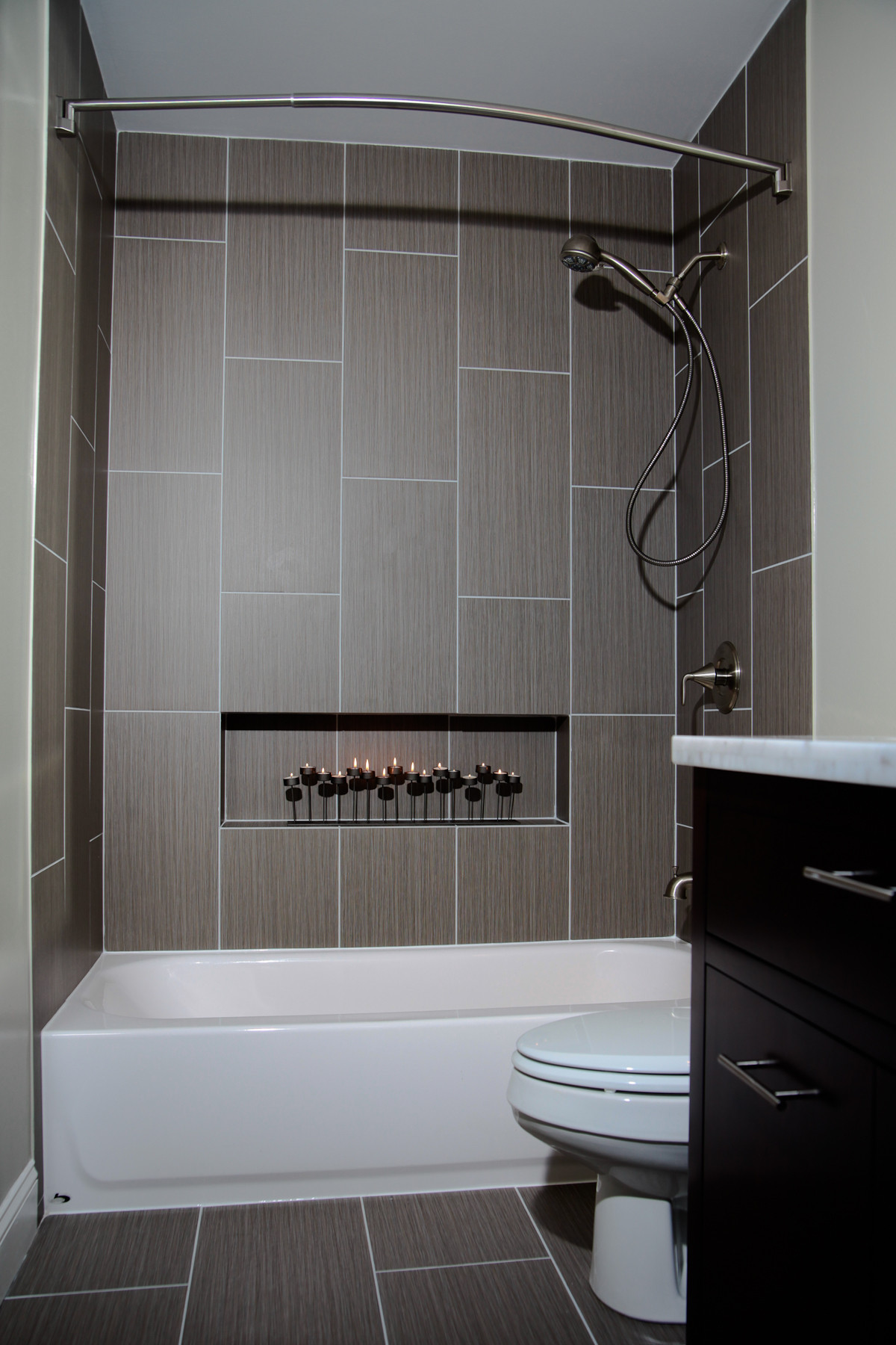 75 Beautiful Modern Tub Shower Combo Pictures Ideas December 2020 Houzz