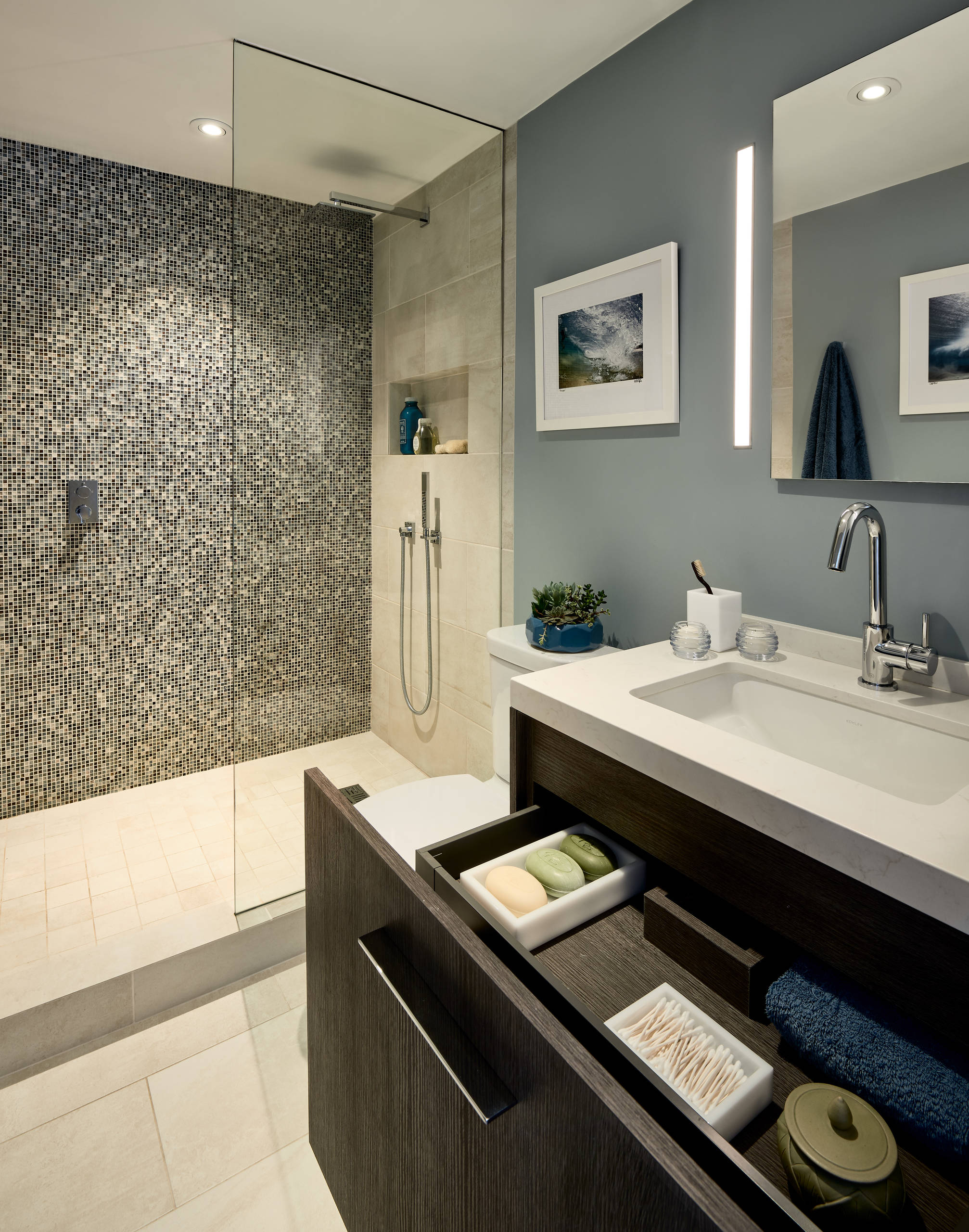 75 Beautiful Contemporary Master Bathroom Pictures Ideas April 2021 Houzz