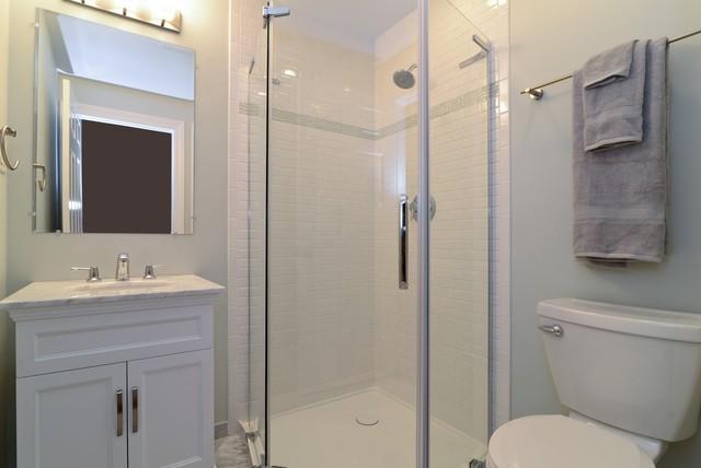 Bathroom moderno stanza da bagno chicago di - Stanze da bagno moderne ...