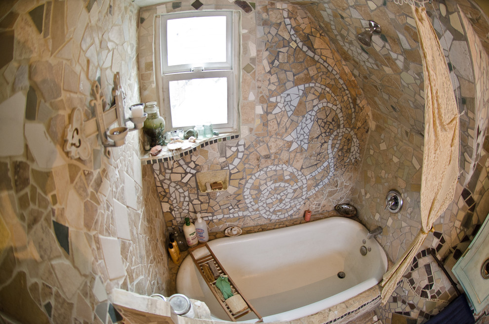 Inspiration for an eclectic bathroom remodel in Melbourne